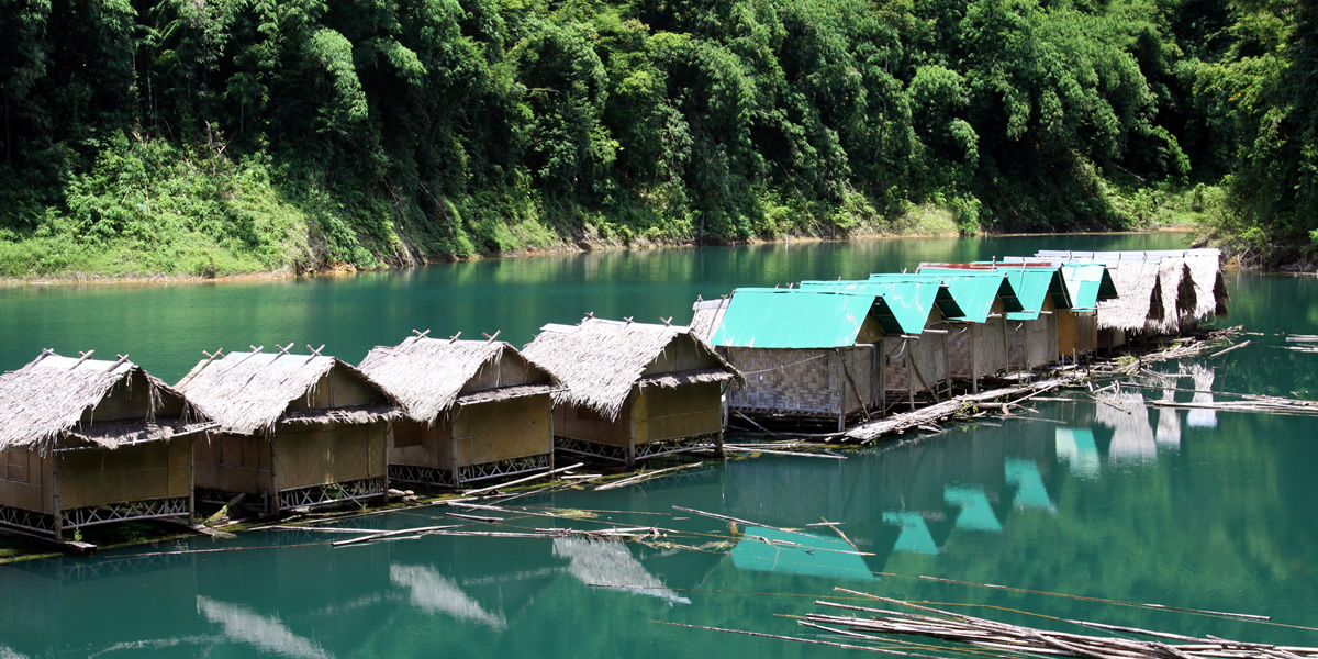 Rafthouses in Khao Sok